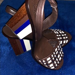 Tory Burch brown woven color block heels - size 8
